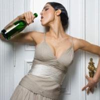 После вступления в брак женщины пьют больше алкоголя