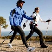 В чём польза нордической ходьбы