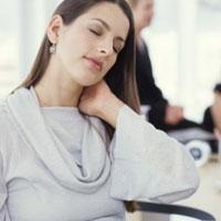 Причины возникновения боли в шее и их лечение