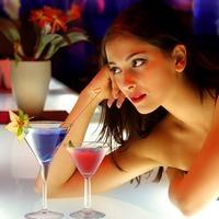 Предпочтения женщин в алкоголе и характер