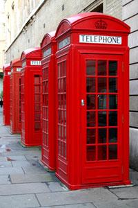 Британцы встают на защиту красных телефонных будок