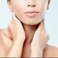 8 правил з догляду за шкірою в зоні декольте