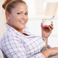 Регулярные перекусы делают диету для похудения неэффективной