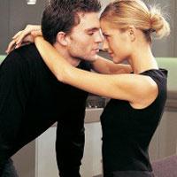 Немецкие ученые объяснили причину моногамии между любящими людьми