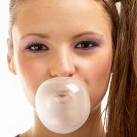 Жевательная резинка повышает концентрацию умственных сил