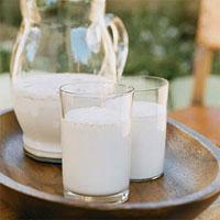 Обезжиренное молоко детям до 5 лет противопоказано