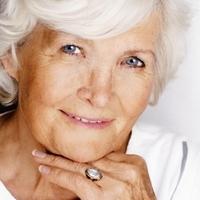 Помощь больным людям: что необходимо знать о старческом слабоумии