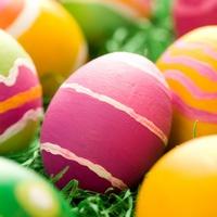 Окрашивание пасхальных яиц натуральными красителями