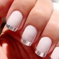 О каких болезнях могут рассказать ваши ногти