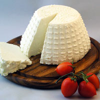 Приготовление домашнего творога из молока или кефира