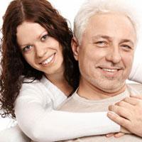 Как вести себя с мужчиной, который старше вас