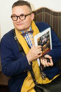 12 июня 2013 года Киев посетил всемирно известный историк моды — Александр Васильев