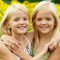 Близнецы: учиться вместе или врозь?