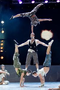 Впервые в Украине состоялось грандиозное шоу с участием Анатолия Залевского и  цирка дю Солей