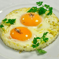 Плотный завтрак помогает похудеть