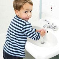 Как приучить малыша к гигиене