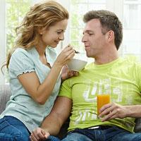 Хорошие отношения между партнёрами ведут к ожирению