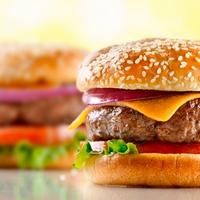 Жирная еда провоцирует зависимость от подобной пищи