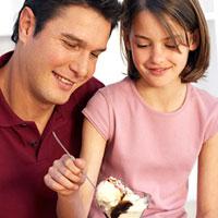 В чём причина строго воспитания отцами своих детей