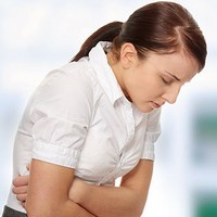 С чем связано ухудшение состояния здоровья при дисменорее и способы её лечения