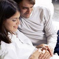 Помощь мужа при родах: плюсы и минусы