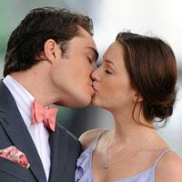 7 плюсов поцелуя