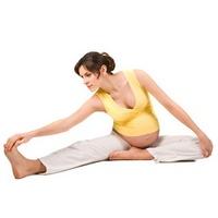 Как заниматься фитнесом на разных сроках беременности