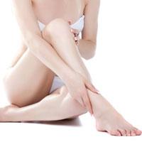 Как побороть неприятный запах от ног