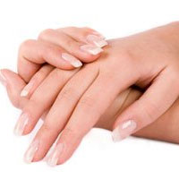 Чем лечить обветрившиеся на холоде руки