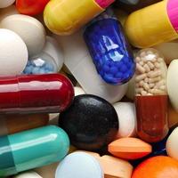 Стоит ли во время беременности употреблять лекарства?