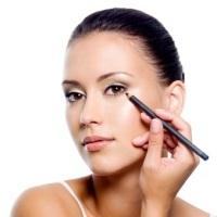 5 міфів про макіяж, які давно пора розвіяти