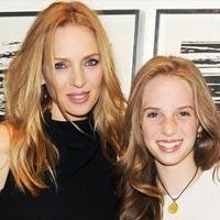 Знаменитые мамы и дочки, похожие как две капли (фото)