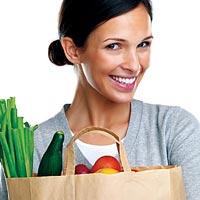 Американские диетологи назвали 7 продуктов, спасающих женщин от старости