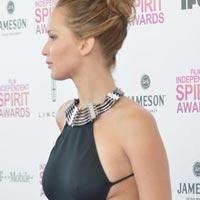 Самые скандальные платья звезд 2013 года (14 фото)