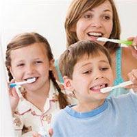 Как сохранить здоровые зубы у ребёнка