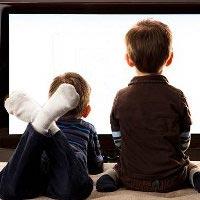 Телевизор в спальне увеличивает риск детского ожирения