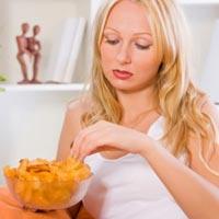 Жареная картошка и макароны виноваты в депрессии
