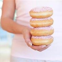 Счастливый брак приводит к лишним килограммам