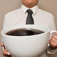 Кофе лучше пить днем, а не утром