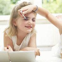 Детская косметика содержит вредные вещества
