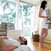 Глупые женщины часто меняют мужей