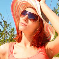 Ученые рассказали, какую одежду не стоит носить летом