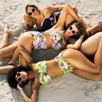 Купальники для всех: ответ тощим моделям от женщин с пышными формами (19 фото)