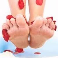 Потливость ног и сухость стоп: помогут ванночки