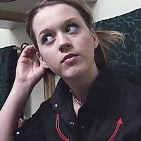 В 17 лет Кэти Перри считала, что у нее лицо, как пицца