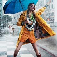 Что надеть в дождь? Модные образы знаменитостей (12 фото)