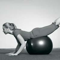 Занятия на фитболе укрепляет здоровье