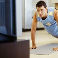 Почему нельзя смотреть телевизор во время тренировки