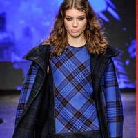 Клетка – самая модная расцветка пальто этого сезона (21 фото)