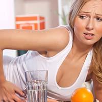 Глоток спиртного в день может стать причиной проблем с пищеварением